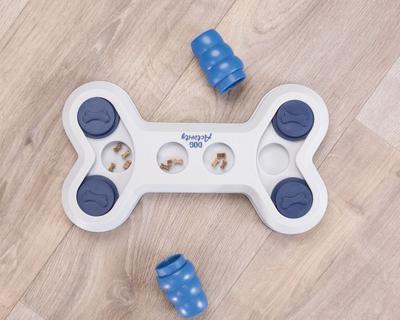 Trixie Развивающая игрушка для собак Flip Bone Dog Activity, 32х18 см (фото, вид 1)